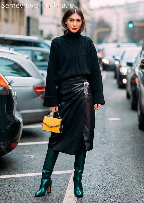 черная кожаная юбка осенью зимой