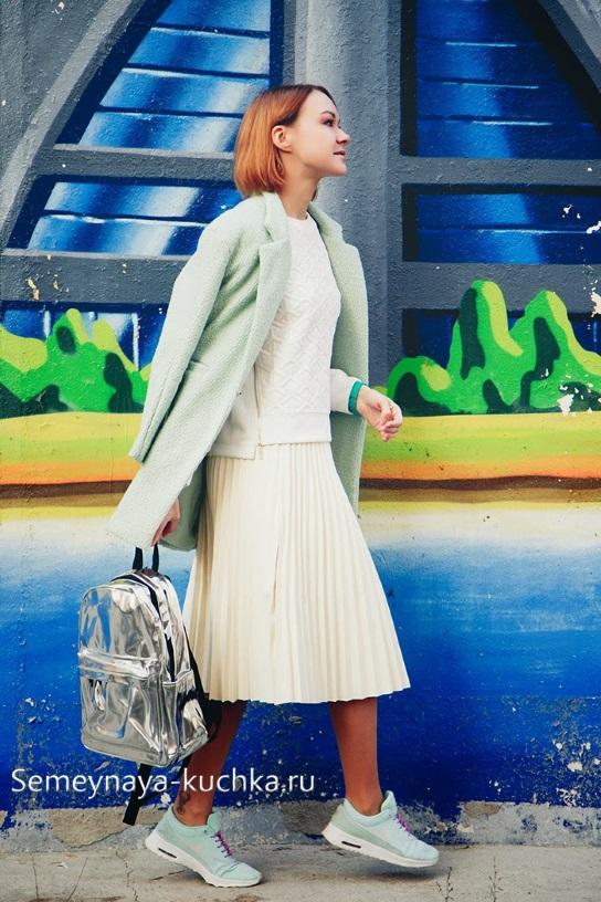 белая юбка на осень зиму как выбрать