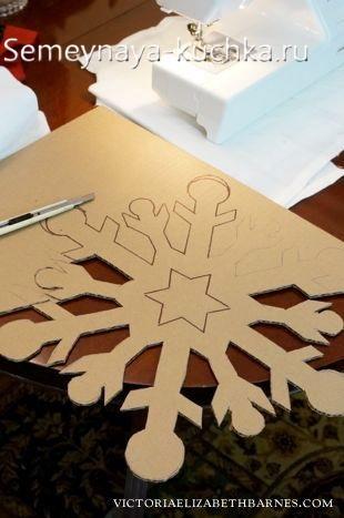поделка снежинка большая из картона своими руками в детский садик