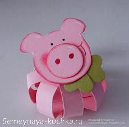 поделка свинья