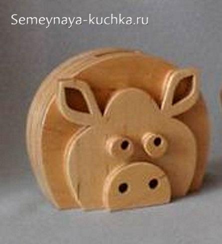 как сделать свинку своими руками из дерева