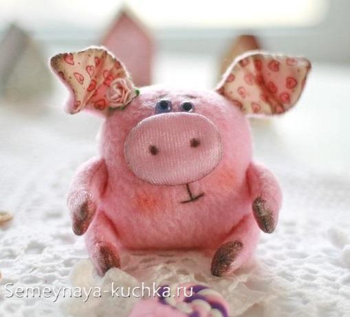 поделка свинья из ткани