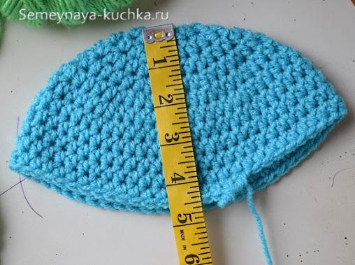 как связать шапку крючком под размер головы
