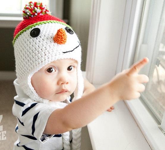шапка с ушками в форме снеговика детская