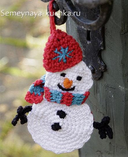плоский снеговик крючком