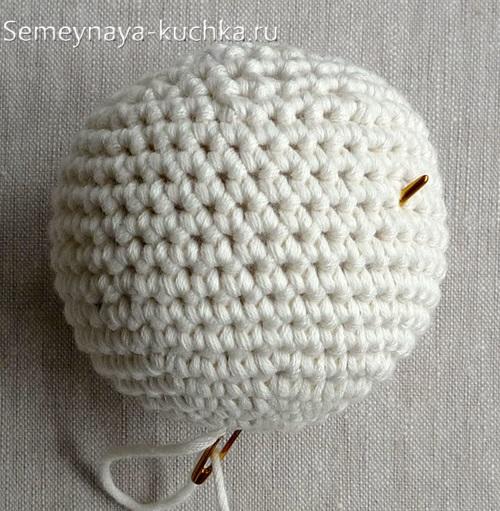 вязанный крючком шар