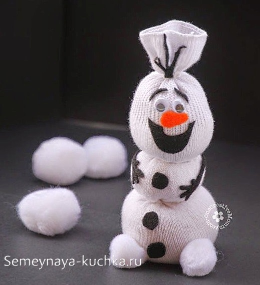 снеговик из носка мастер класс