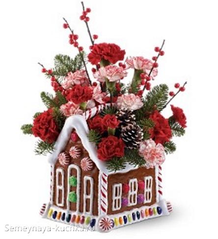 новогодний букет в керамическом домике