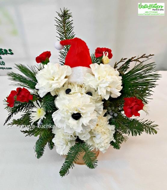 игрушки из живых цветов в новогоднем букете
