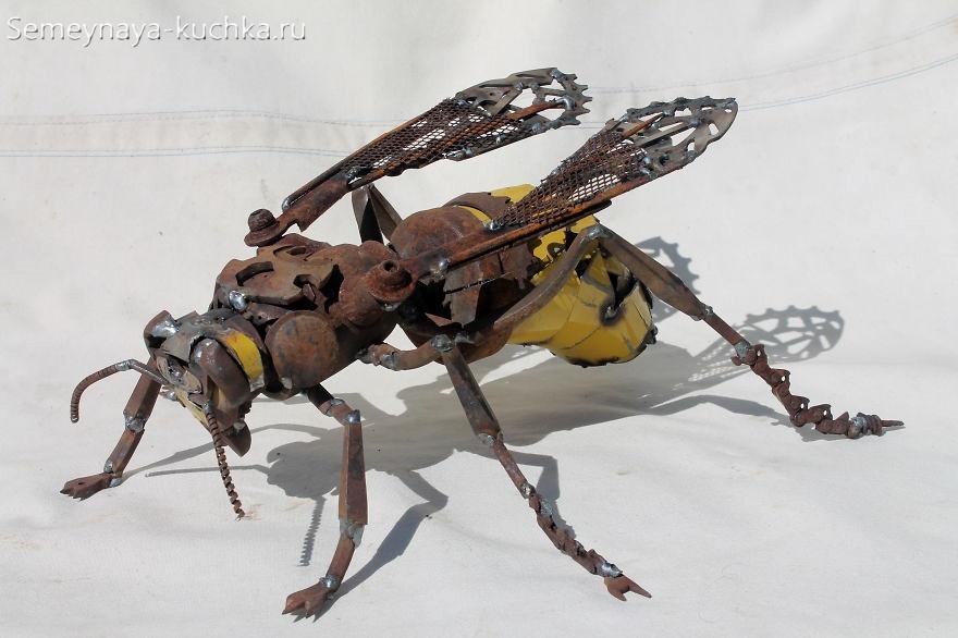 поделка муха из металла сварная для сада и дачи