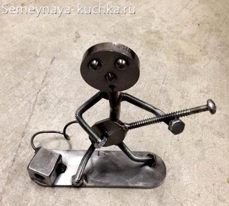 простая поделка из металла своими руками