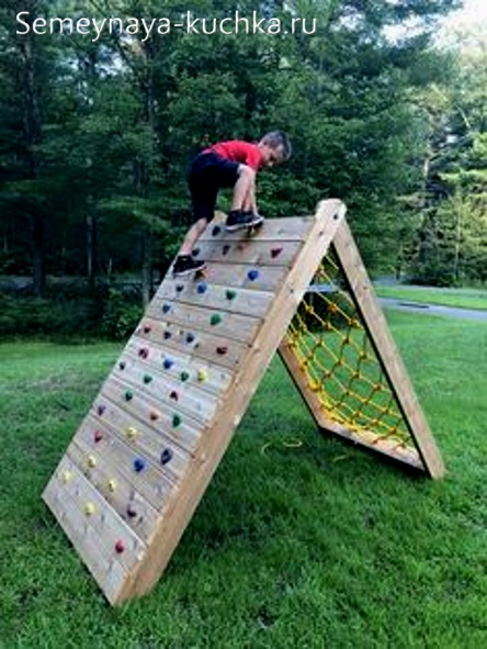 лазалка для детской площадки скалодром во дворе