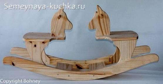деревянные лошадки качалки двухместные на детскую площадку во двор