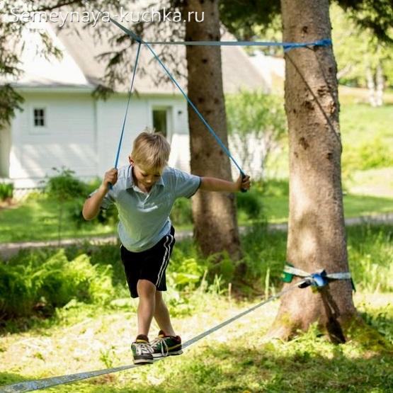 канат трос натянутый для детской площадки