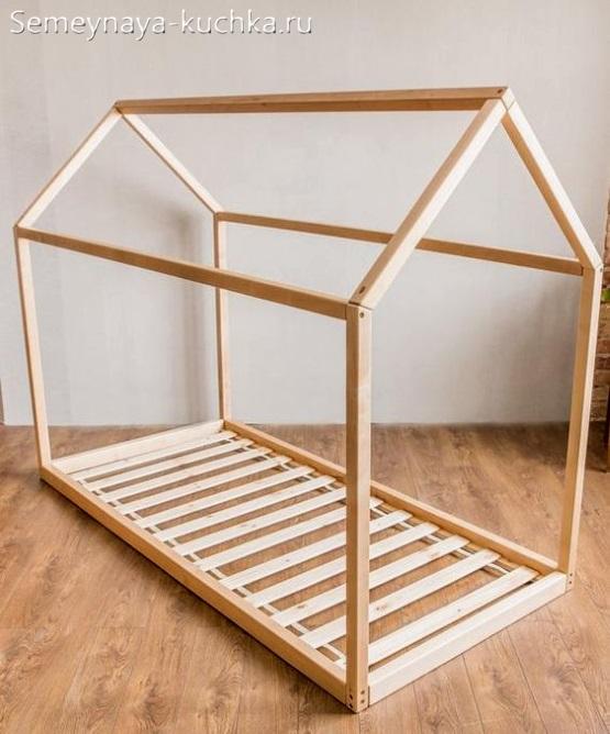 домик каркас для покрытия тентом или тканью для детской площадки на даче