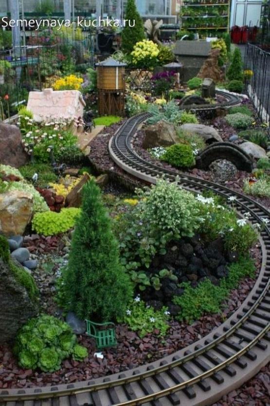 дорога для поезда на детской площадки своими руками