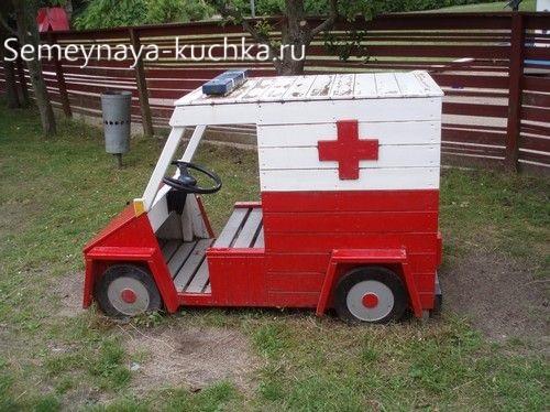 игровое оборудование для детской площадки машина скорой помощи