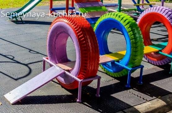 игровое оборудование из покрышек для детской площадки