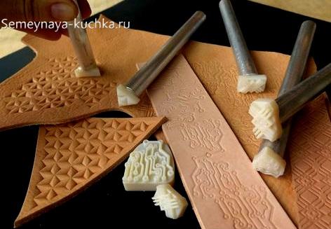 полиуретановые штампы для работы с кожей