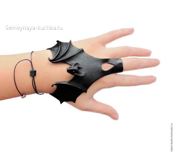 поделка из кожи браслет напульсник на средний палец