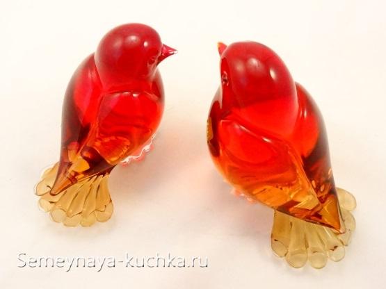 поделка из стекла красные птичка