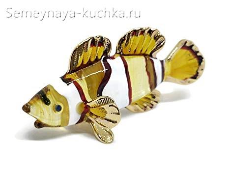 поделка из стекла красивая рыба с плавниками