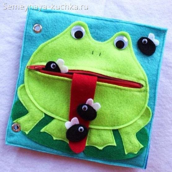 детская книжка из фетра сшить лягушка и мухи