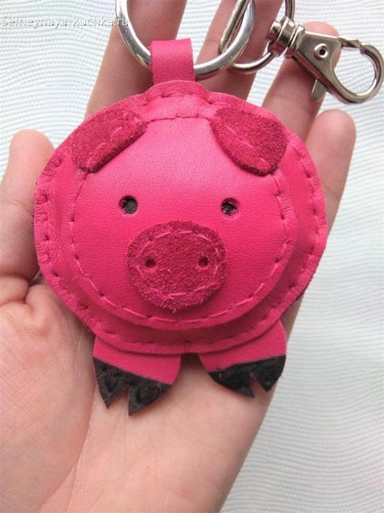 брелок свинка своими руками