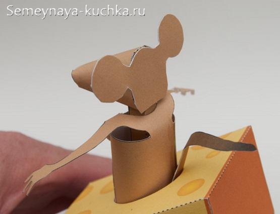 мышка в сыре поделка из бумаги