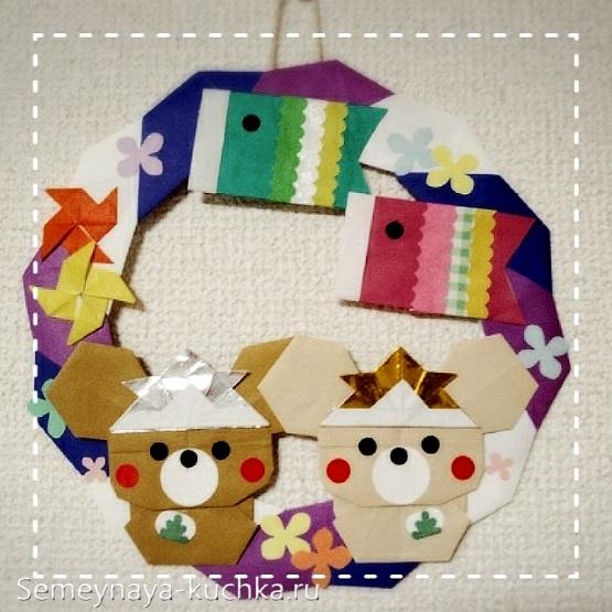 мышата из бумаги в рождественском венке