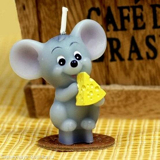 мышка с новым годом и сыром