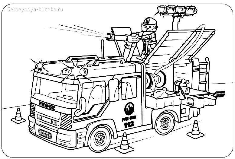 картинка пожарные готовятся тушить пожар
